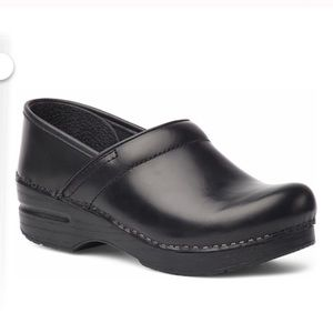 Shoes - Dansko Cabrio Leather Black Clogs